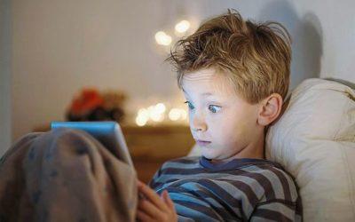 Enfants et Ados exposés à la Pornographie en Ligne
